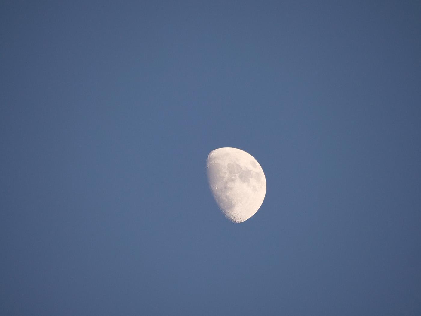 photographie de la Lune prise avec le Leica 100-400 mm