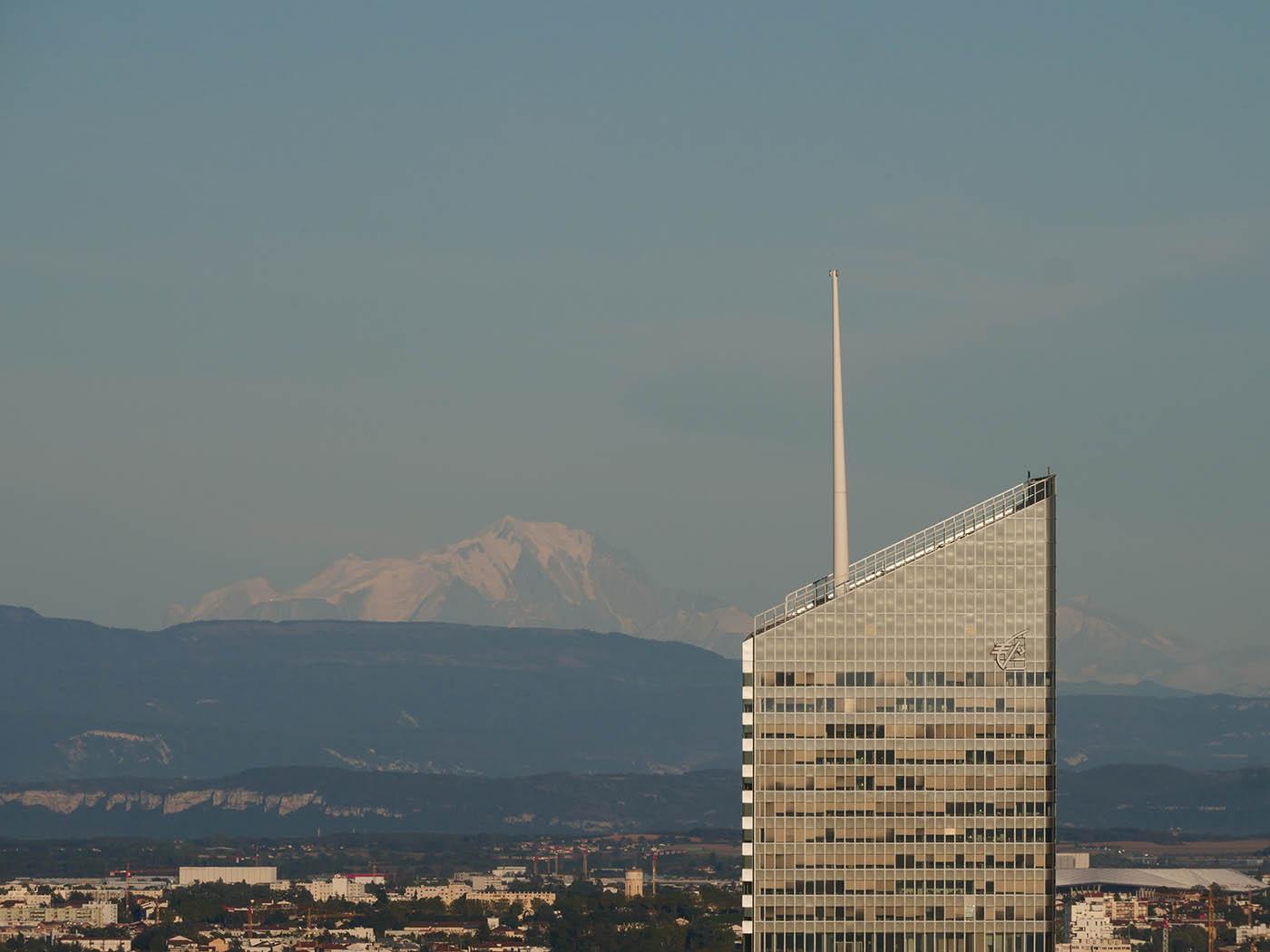 photo de montagne prise avec focale de 200 mm
