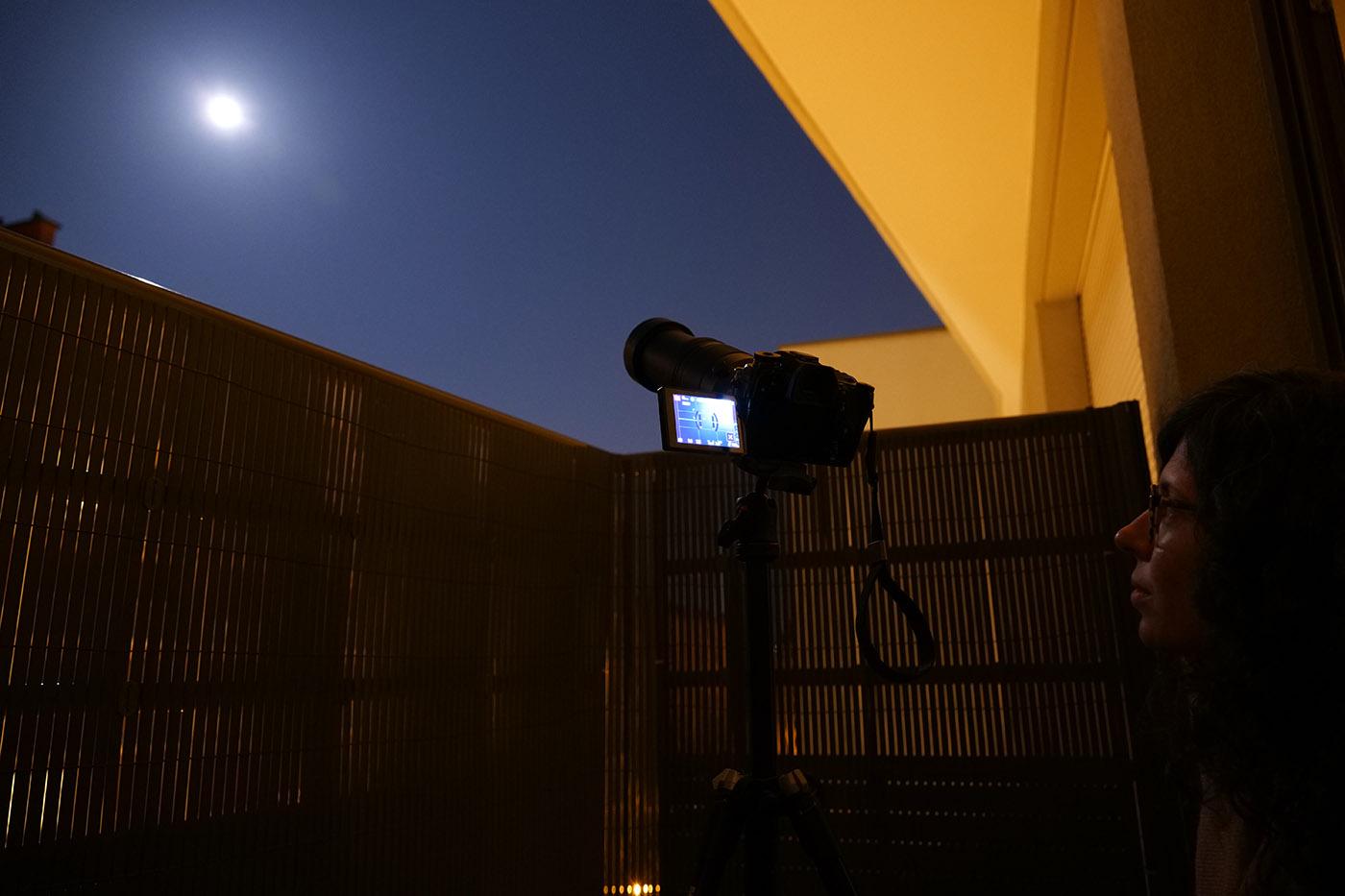 Lumix G9 avec Leica 100-400 sur trépied depuis notre balcon