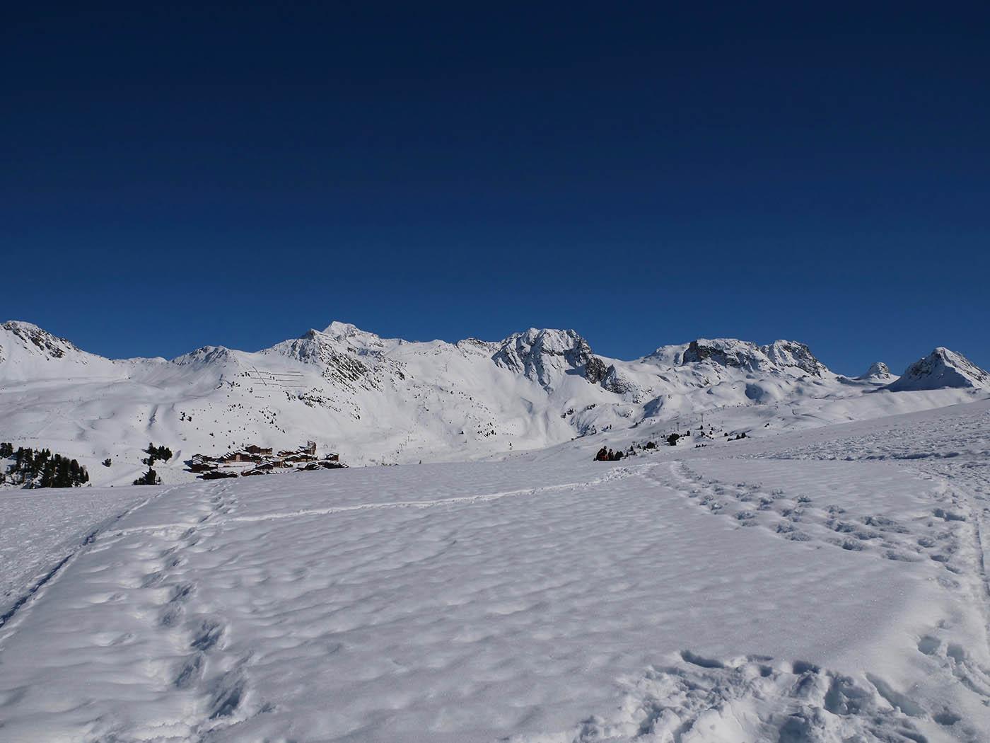 paysage de montagne en grand angle