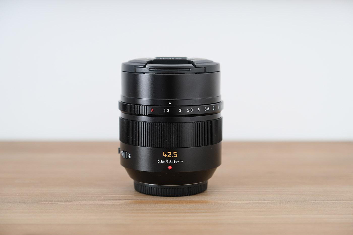 Panasonic Leica 42.5 mm f1.2