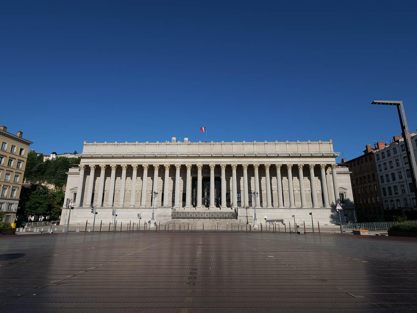 Palais de Justice de Lyon avec grand angle micro 4/3